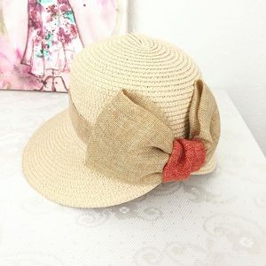 Accessories - Straw Summer Cloche Hat